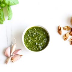 Basil Walnut Pesto Recipe / @spotebi