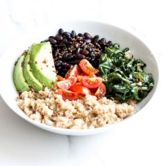 Plant-Based Black Bean & Quinoa Bowl Recipe / @spotebi