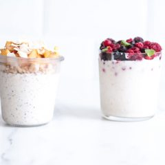 Very Berry & Peaches 'n' Cream Overnight Oats Recipes / @spotebi