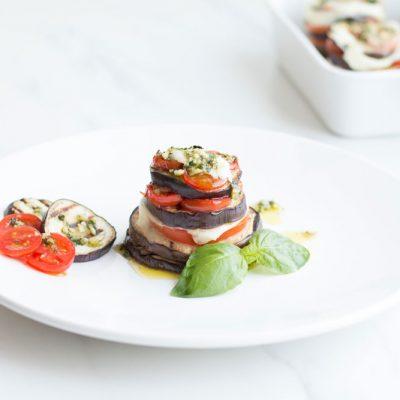 Mediterranean Eggplant, Tomato and Mozzarella Stacks Recipe / @spotebi