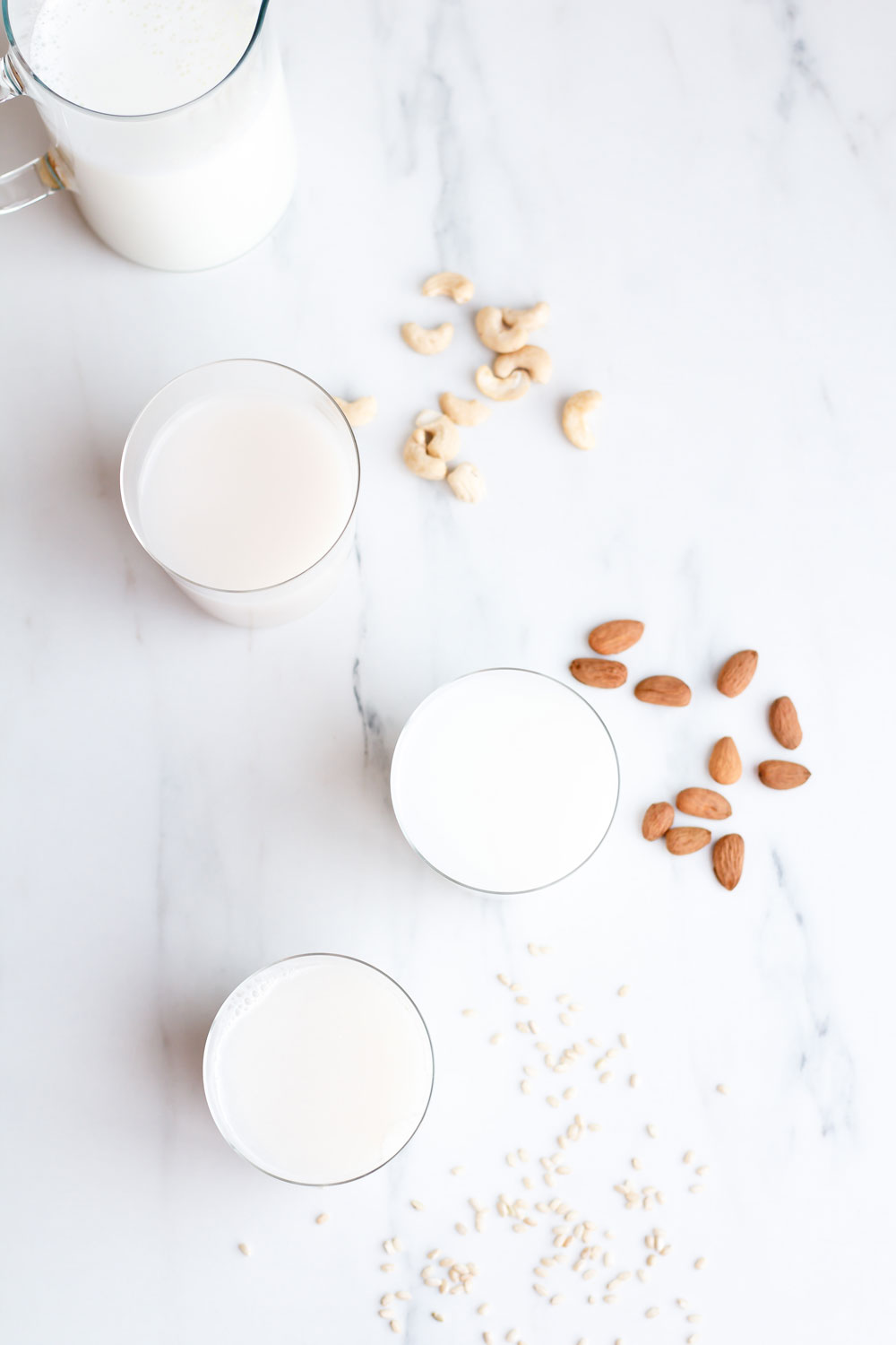 How to Make Healthy Plant-Based Milks: Vegan and Lactose-Intolerant alternatives to change up your routine and add more flavor and healthy nutrients to your diet! https://www.spotebi.com/recipes/healthy-plant-based-milks/