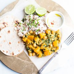 Chickpea Curry With Pumpkin And Spinach Recipe / @spotebi