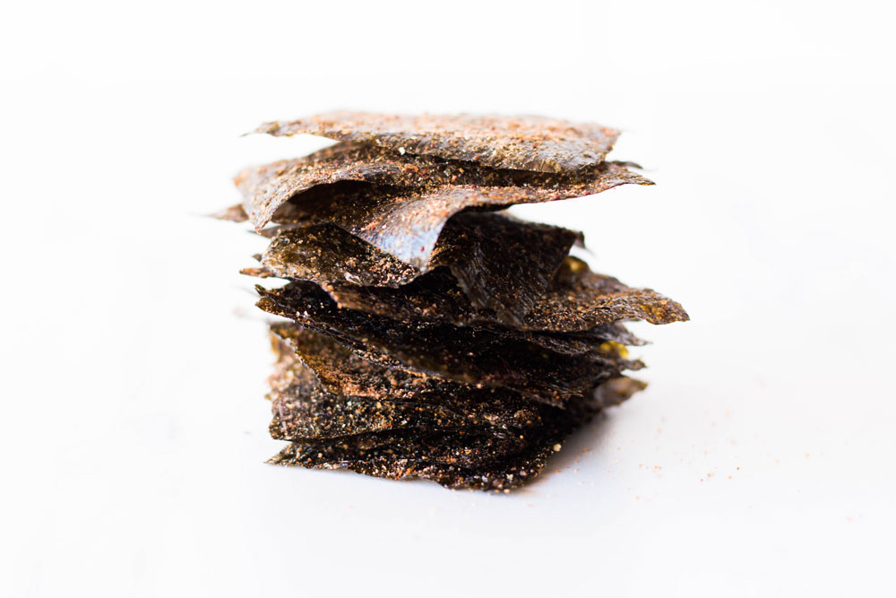 These crisp nori chips are a low-calorie crunchy, mid-morning snack that can give your metabolism a healthy boost and provide the minerals your body needs! https://www.spotebi.com/recipes/crisp-nori-chips/