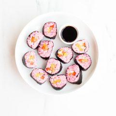 Avocado & Mango Vegan Pink Sushi Recipe / @spotebi
