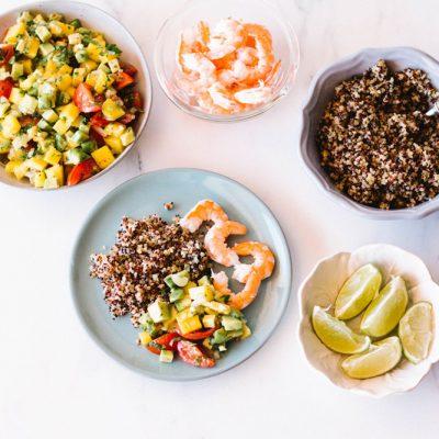 Healthy Mango, Avocado & Shrimp Salad Recipe / @spotebi