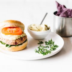 Sweet Potato & Red Bean Veggie Burgers Recipe / @spotebi