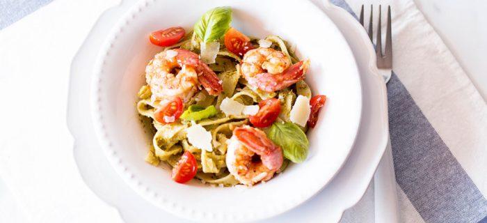 20-Minute Pesto Shrimp Pasta Recipe
