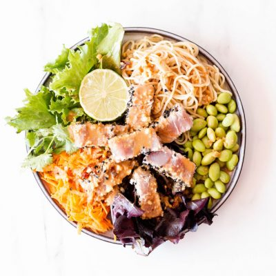 Fresh Tuna Salad With Homemade Peanut Dressing Recipe / @spotebi